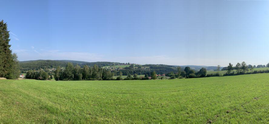 Ausblick von Failsbach Richtung Georgenberg und Neukirchen zu St. Chr.